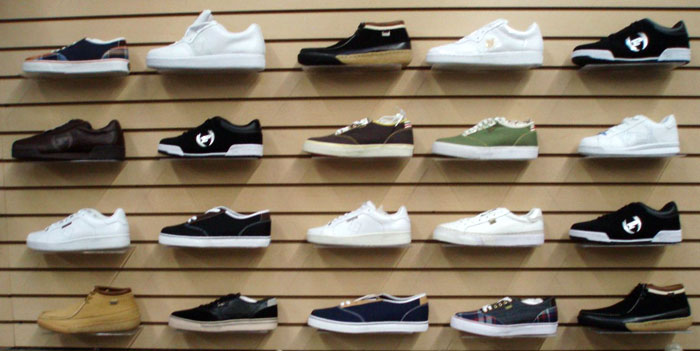Wholesale Phat Farm Mens And Womens Shoes